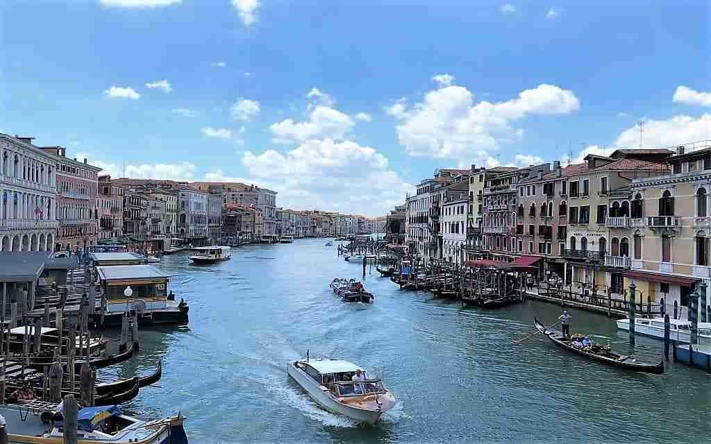 """Venezia da Roma"""