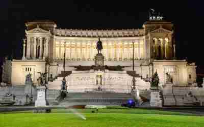 Rome at Night walking Tour - Dinner Included