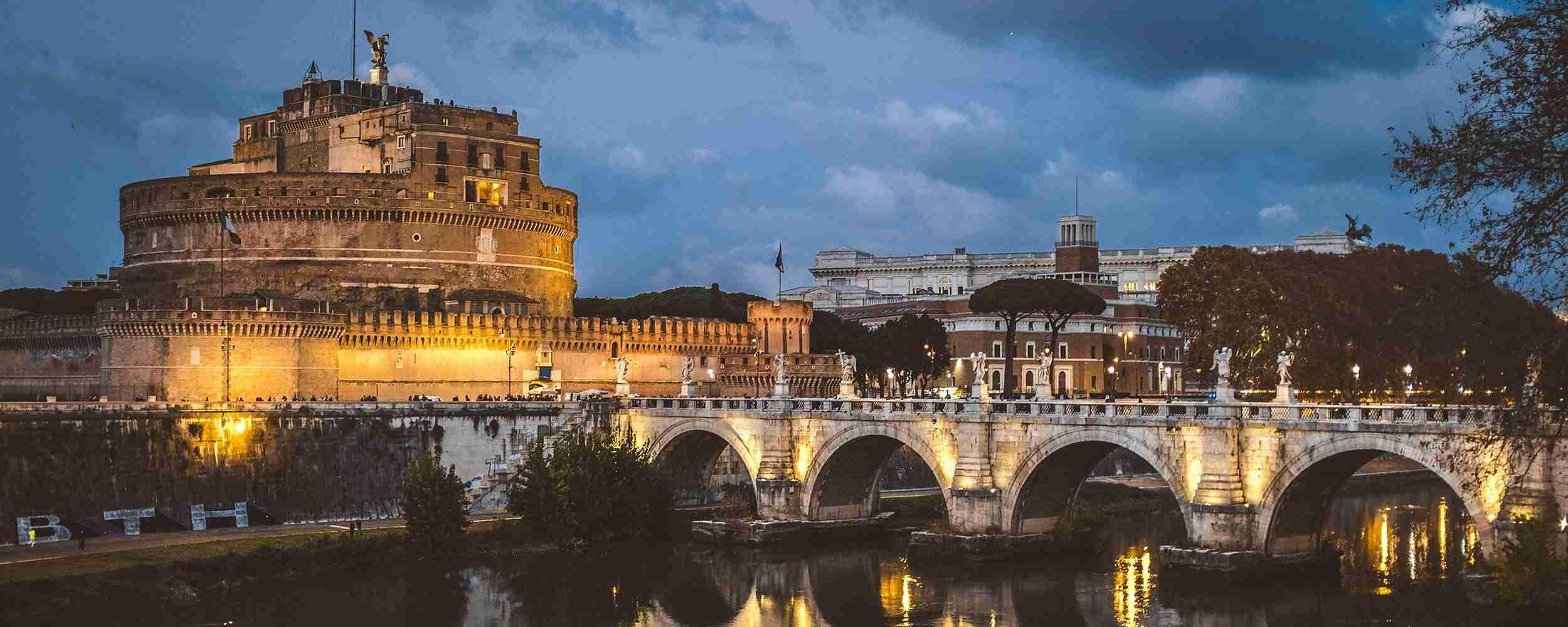 Visita guidata Roma di sera con Chauffeur & Cena